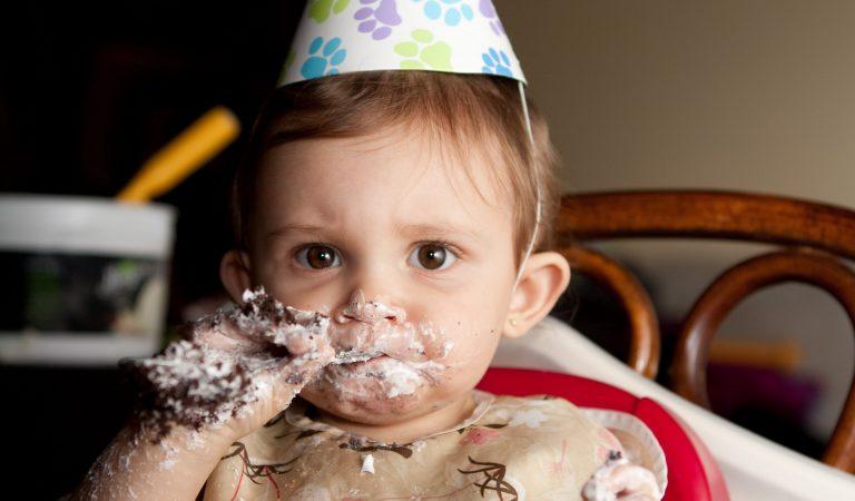1 Yaştan Küçük Bebeğiniz için 15 Besin