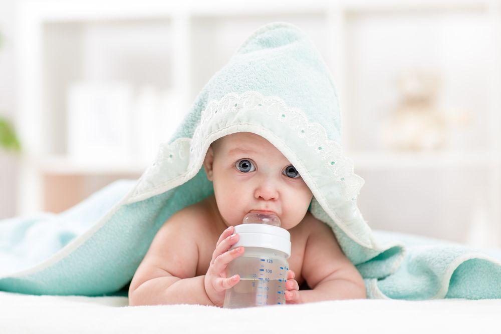 su içen bebek