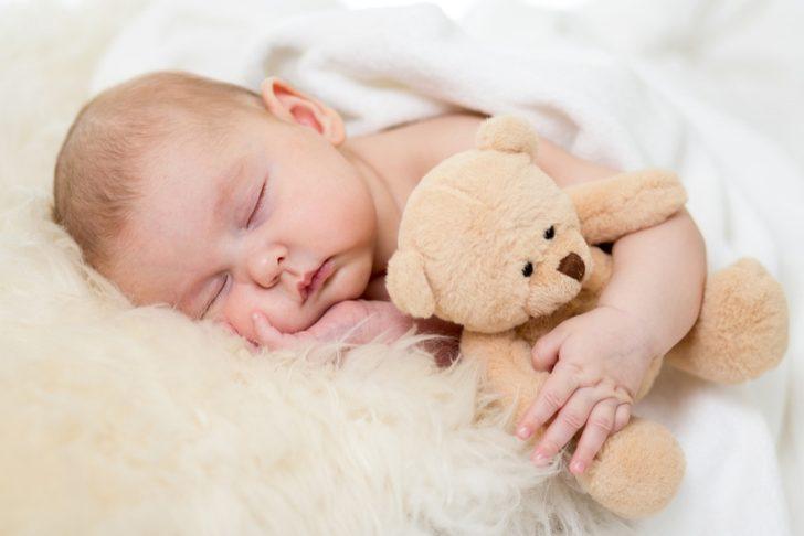 uyuyan bir bebek