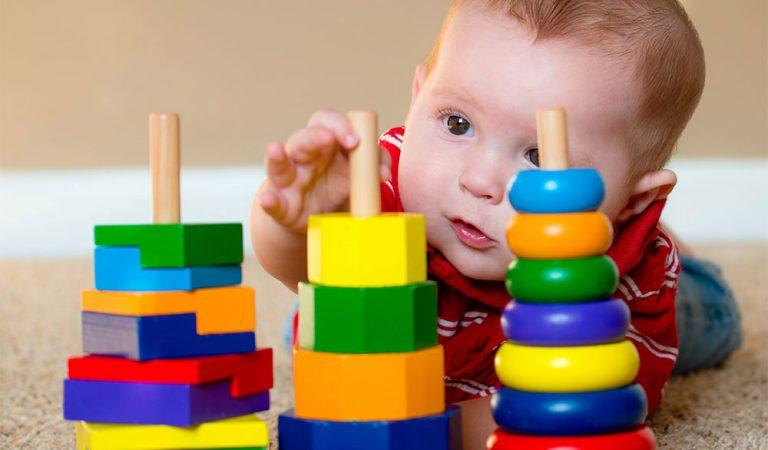 Çocuğunuz için Güvenli Oyuncakları Nasıl Seçersiniz?