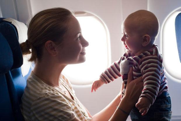 bebekle uçak yolculuğu