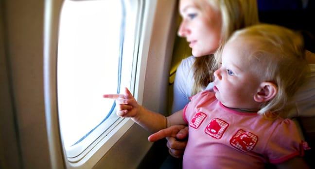 uçak yolculuğu, bebek