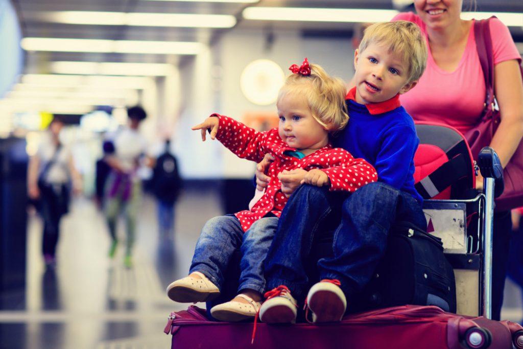 havaalanı, bebek