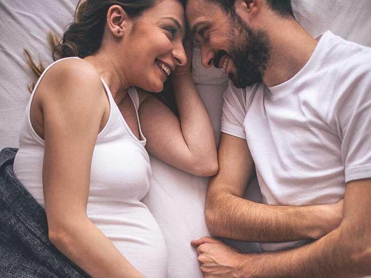 hamile bir kadın ve partneri