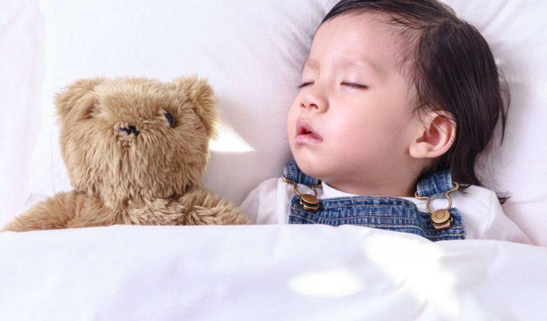 1 Yaş Uyku Eğitimi Nasıl Verilir?