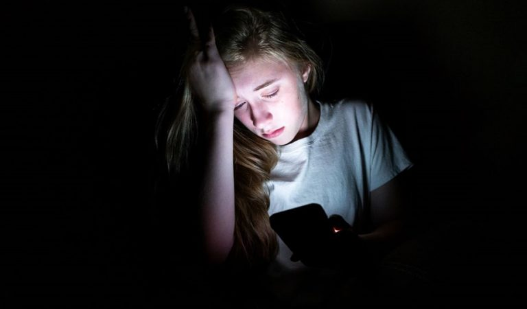 21. Yüzyılda Ebeveynlik: Çocuklar ve Siber Zorbalık